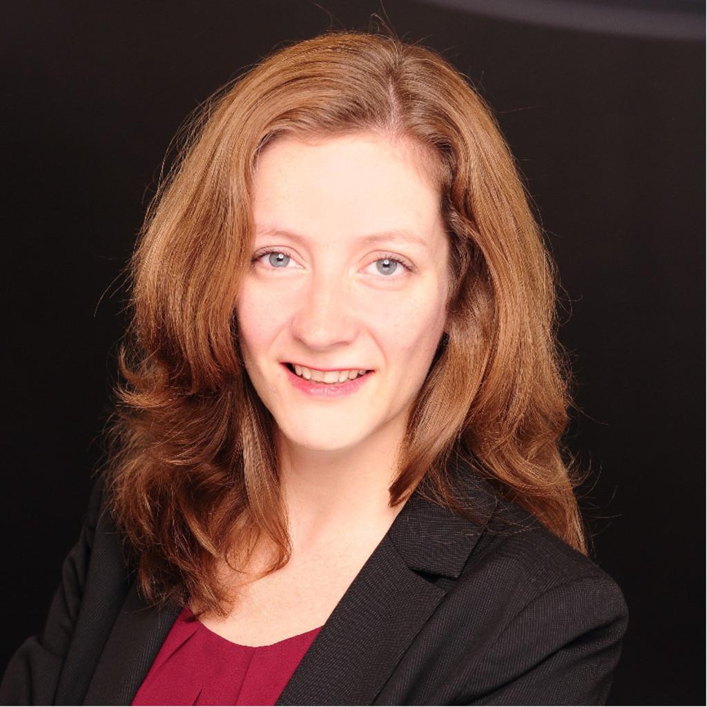 Angelika Jager dr. angelika jäger - analytic consultant sales effectiveness