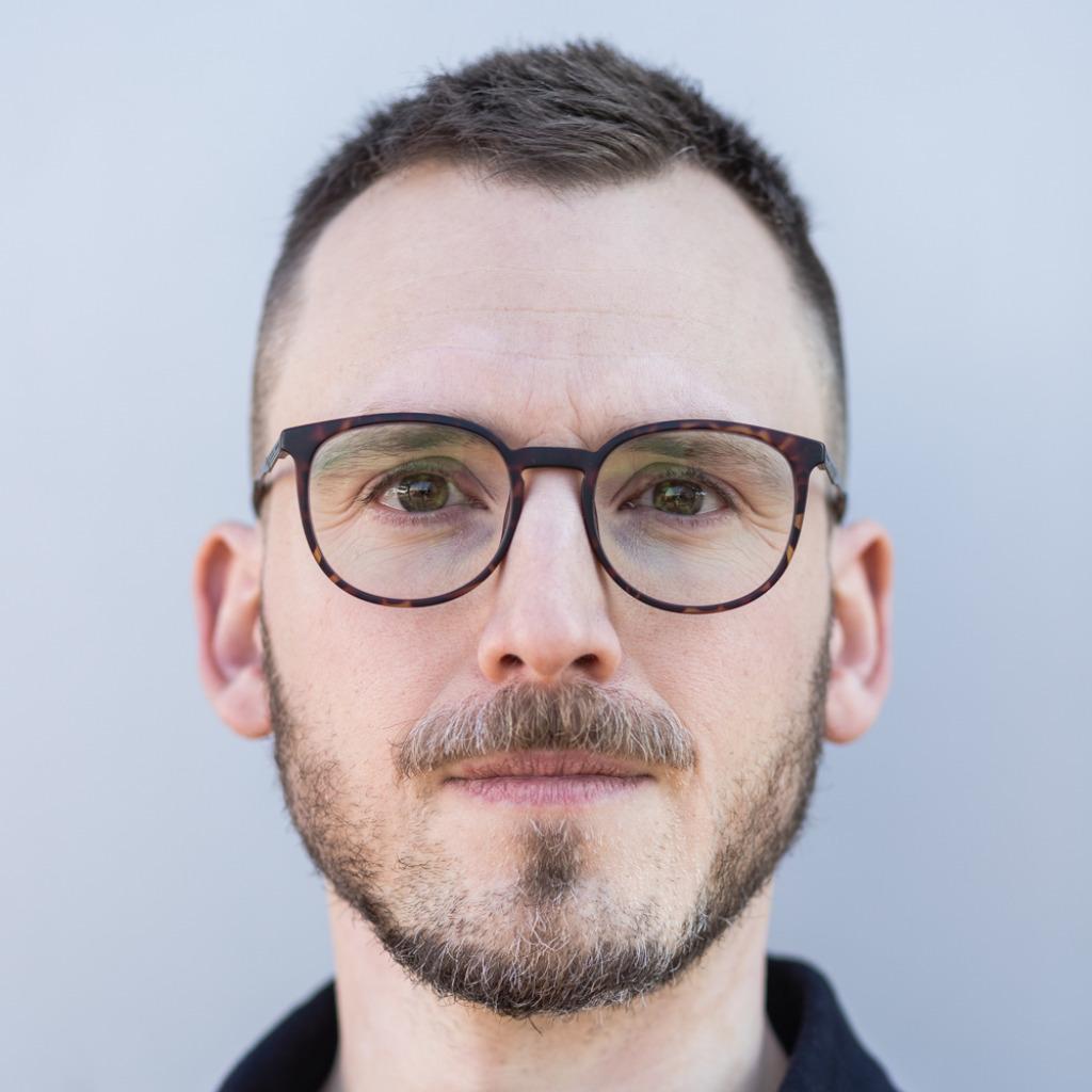 Tobias zehnder marketing online kommunikation app for Buero zwo design