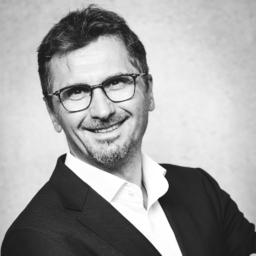 Prof. Dr Jörg Pscherer - FOM Hochschule für Oekonomie & Management - Nürnberg