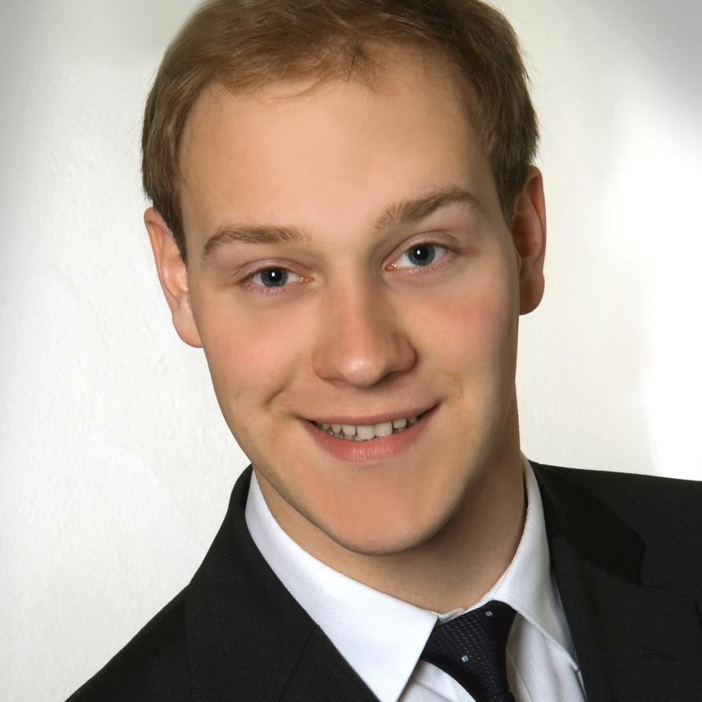 Georg Ritschl Junior Projektmanager Internationale Netze