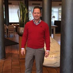 Marco Klij Stellv Direktor Mercure Hotel D 252 Sseldorf