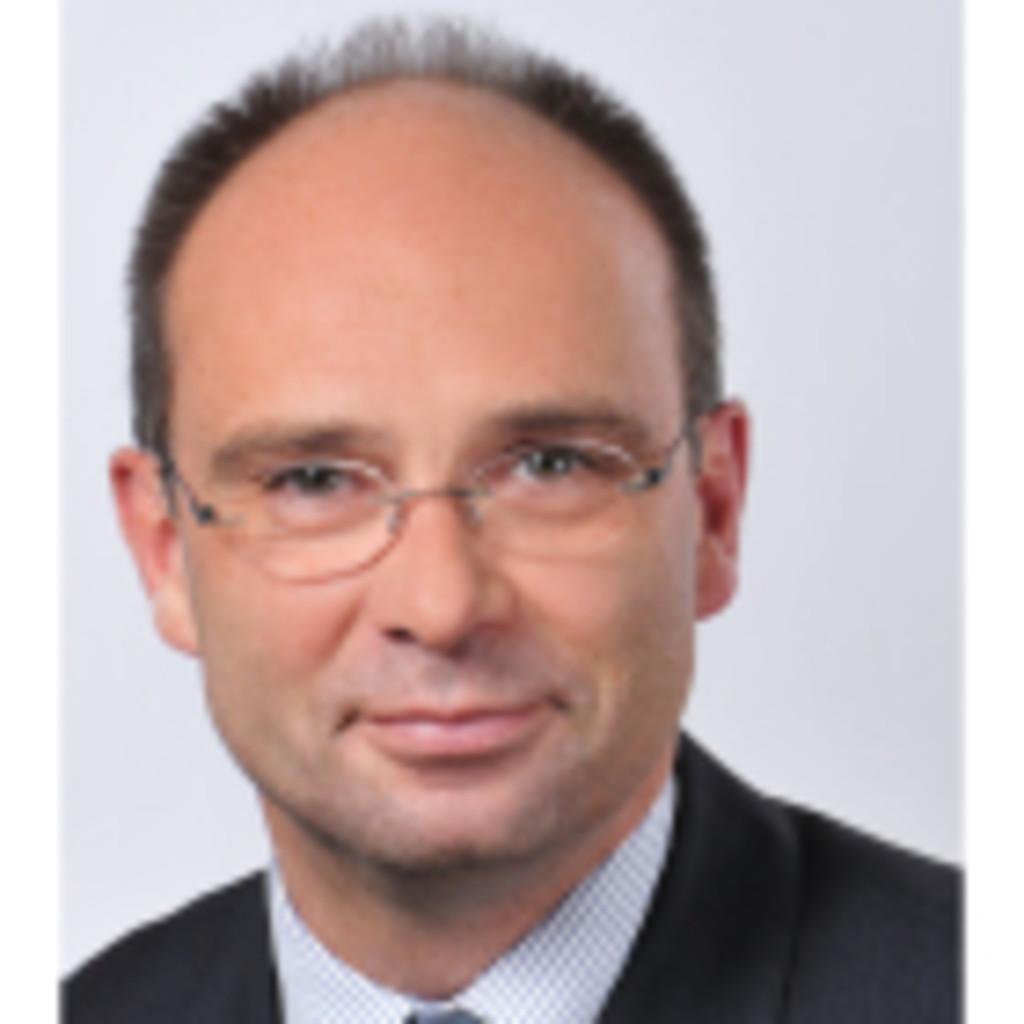 <b>Volker Heinemann</b> - Firmeninhaber - all in one vermoegensberatung, ... - volker-heinemann-foto.1024x1024
