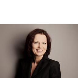 Angela Ulmer - PENTAX Europe GmbH - Hamburg