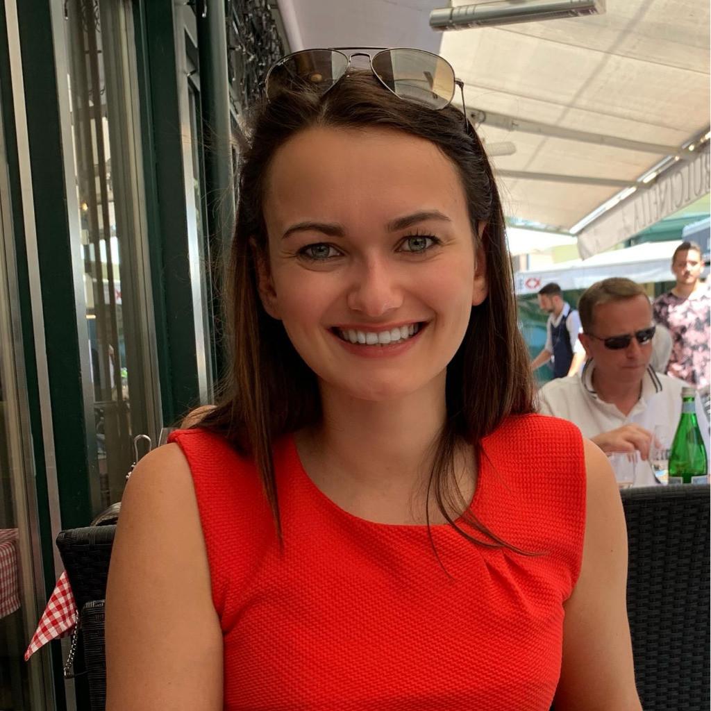 Andrea Huber's profile picture