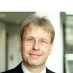 Clemens Volkmar - R+V Allgemeine Versicherung AG - Wiesbaden