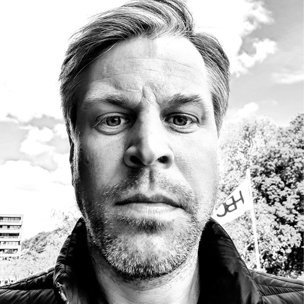 Henning Dierks