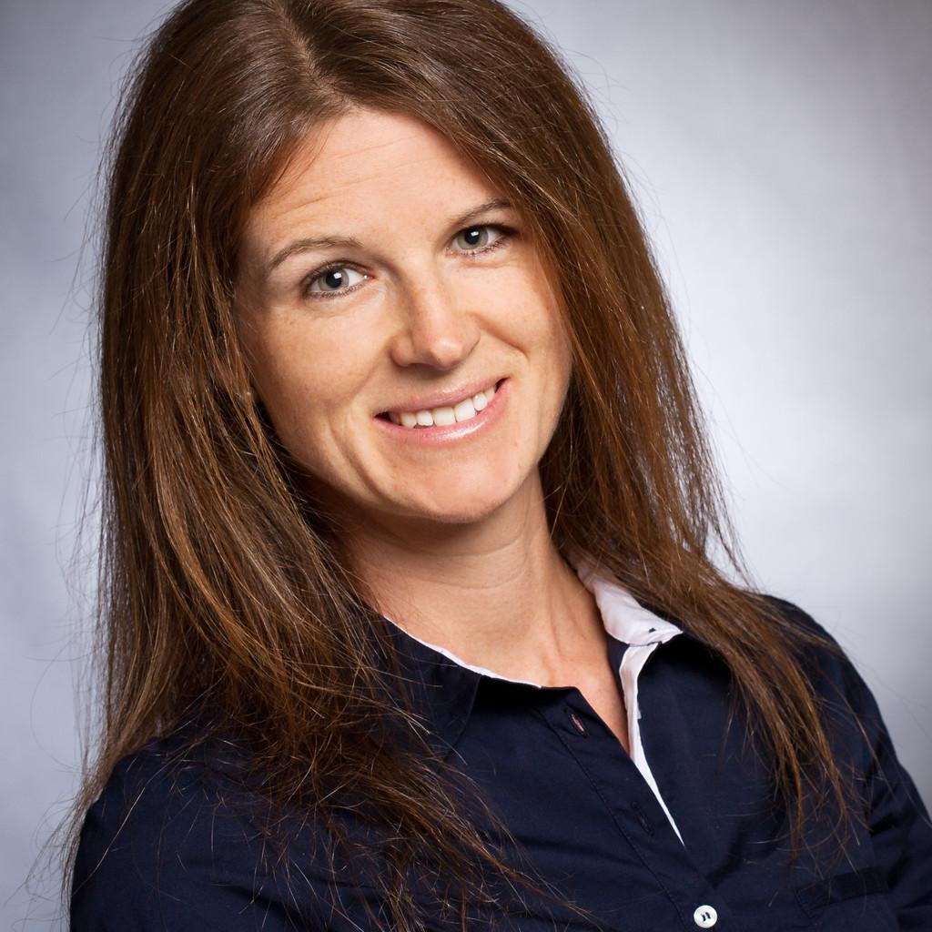 Tina Barton's profile picture