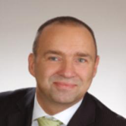 René Gerlach - HWG Immobilien Gerlach & Partner GbR -INCOMPARA Häuser - Magdeburg