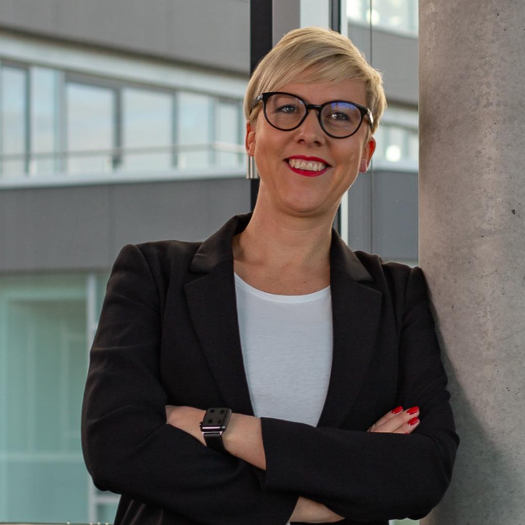 <b>Katharina Bütow</b>-Weissinger - Steuerberater - Ilka Bütow Steuerberatungs und ... - katharina-b%C3%BCtow-weissinger-foto.1024x1024