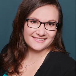 Julia Philipp - JuNe Online-Redaktion | Design - Aachen