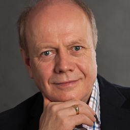Dr. Armin Schiller