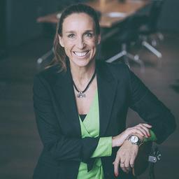 Stefanie Arnold