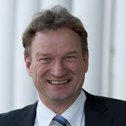 Dr. Tobias Büser