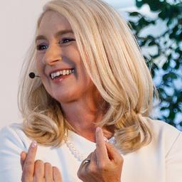 Simone Langendörfer - www.simone-langendoerfer.de - Esslingen