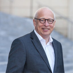 Bernd Schuster - Xaretos Unternehmensberatung - Reinheim