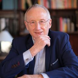 Dr. Hubert Koch