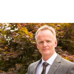 Dr. Karl Koettnitz