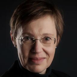Dr. Maike Reese