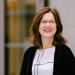 Dr Ulrike Regele - DIHK e.V. (Deutscher Industrie- und Handelskammertag) - Berlin