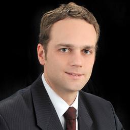 Gregor Pötschick CFA™ - Ernst & Young S.A.S. - Bogotá