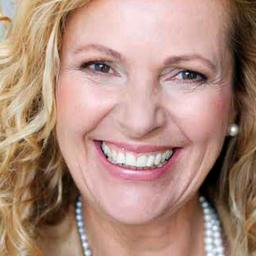 Dr. Michaela Aragones