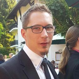 Dominik Lenhardt