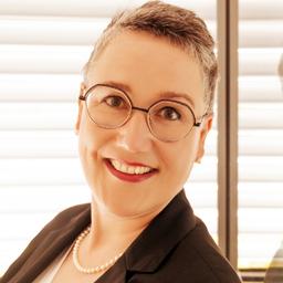 Katrin R. Feldner