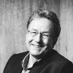 Helmut Hüttenrauch's profile picture