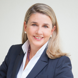 Dr. Eva Kinast