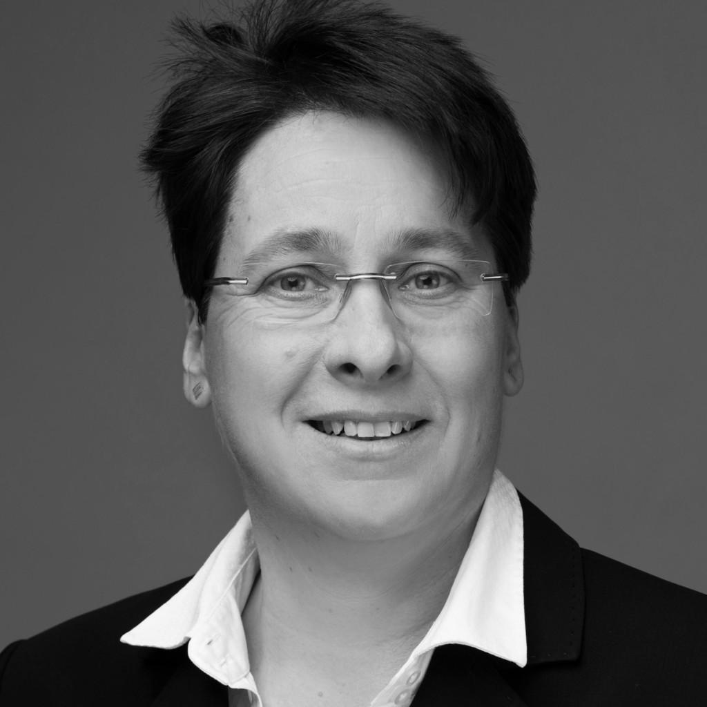 Esther Amenda-Zweiböhmer's profile picture