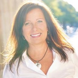 Dr. Barbara Rheinbay