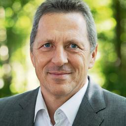 Dr. Armin Keinath - Caterva GmbH - Mit der Sonne im Netz - Pullach im Isartal