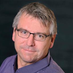 Dr. René Hess