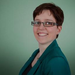 Dr. Eva Kern