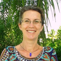 Dr. Anna Storck