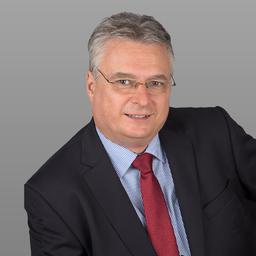 Uwe Kowolik - C&S Consulting and Services - Egmating