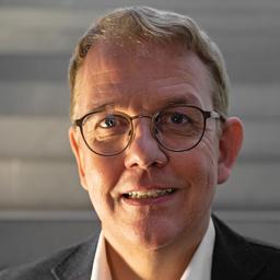 Dr. Nikolaus Poscharsky