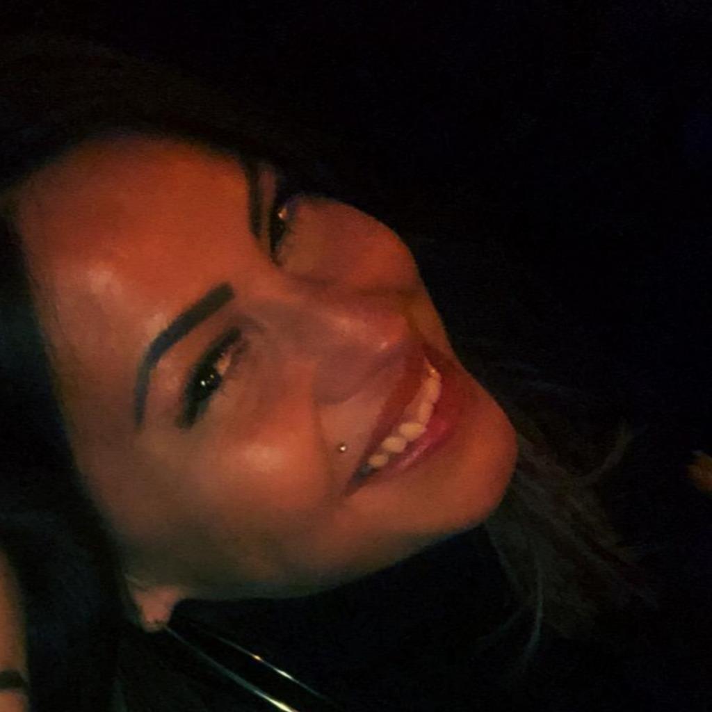 Melek Cicek's profile picture