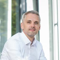 Alexander Veidt - LOTUS GmbH & Co. KG - Haiger