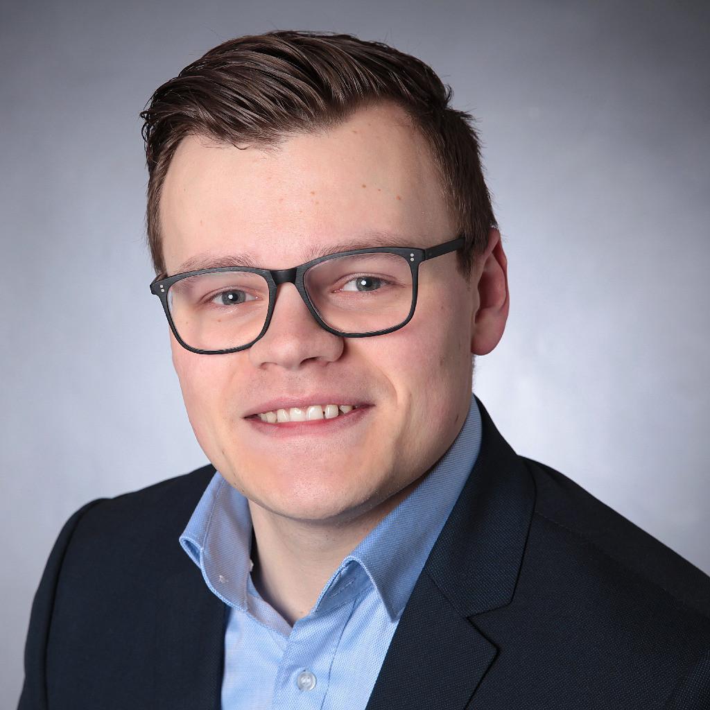 Anton Fix's profile picture