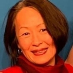 Eva Hyun Mee Bernstein's profile picture