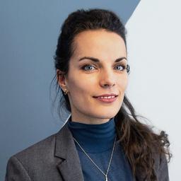 Dr. Clara Herdeanu - Ballou PR - Berlin