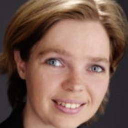 Dr. Katja Happe