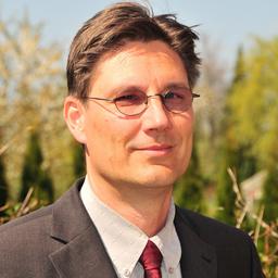 Dr. Björn Greve