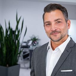 Salvatore Vella - Falkenhaus Immobilien GmbH - Rheinland