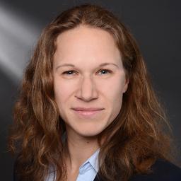 Marijke Brinkmann - BMW AG - München