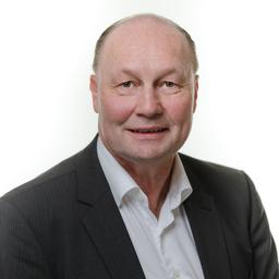 Peter W. Schmanau - FHS Fachhochschule St. Gallen - Dübendorf