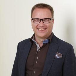 Dr. Dirk Hartmann