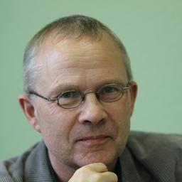 Dr. Frank Döbler