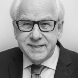 Dr. Bernhard Treiber